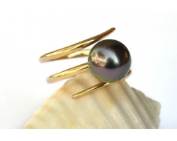 "Gold ring with Tahitian pearl ""Anita"""