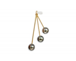 "3 Tahitian pearls on gold pendant ""Ela"""