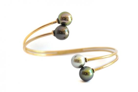 "Bracelet with 4 Tahitian pearls ""Rava Here"""