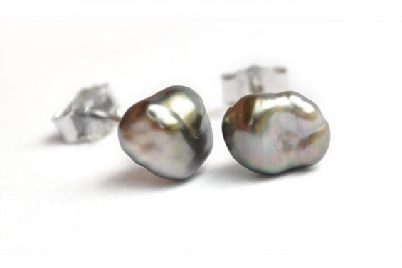 Keishis Earrings