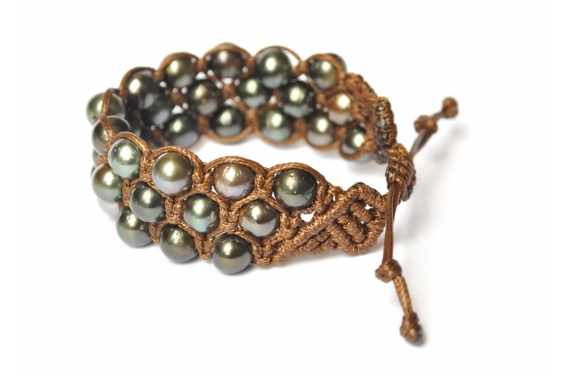 Bracelet with 3 rows of Tahitian pearls