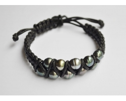 Braided bracelet with Tahitian pearls