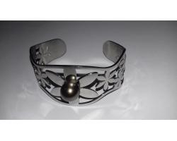 Bracelet manchette et perle de Tahiti