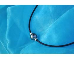 """""""Gentleman"""" rubber necklace"""