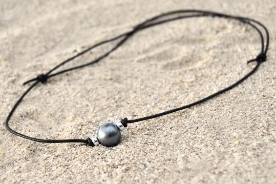 """Aviator"" leather necklace"