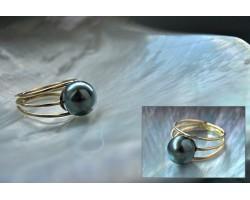 """""""Moorea"""" Tahitian pearl Gold ring"""