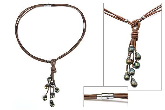 """Tetia"" leather necklace"