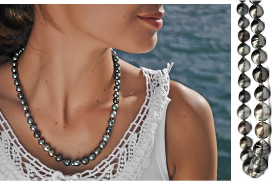 Circled Black pearls necklace