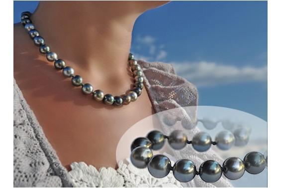 """A ravir"" black pearls Necklace"