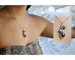 """Trio"" Tahitian pearls on silver pendant"